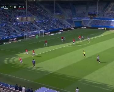 西甲比赛集锦 阿拉维斯0-1马略卡