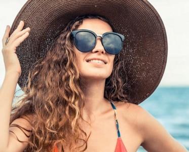 油皮的夏天只能与脱妆为伴?简单三步让妆容持久待机!