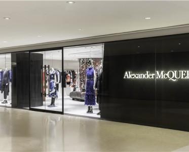 Alexander McQueen北京國貿商城精品店盛大開幕