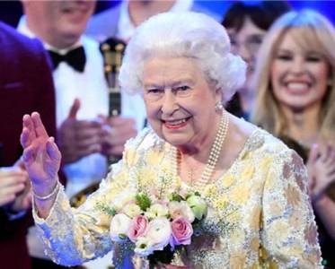 疫情下的英國王室,女王緊急撤離、王子拿病毒開玩笑!