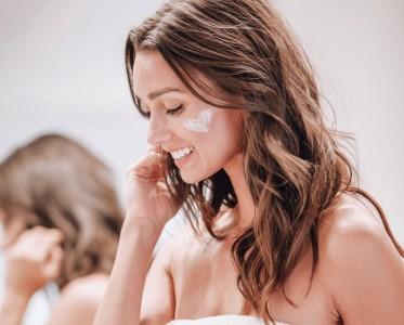 每个精致女孩的护肤仪式感都少不了一款精质乳霜