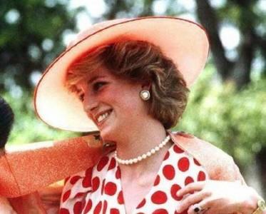 高雅不高冷 时髦不浮夸 凯特王妃与L.K.Bennett的不解情缘