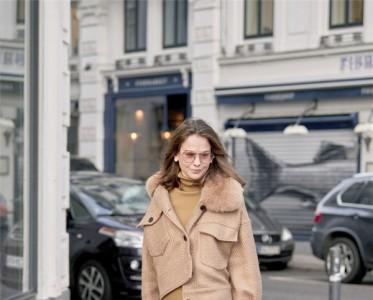 厚實保暖還能提升氣質 溫柔端莊的毛衣裙正當道!