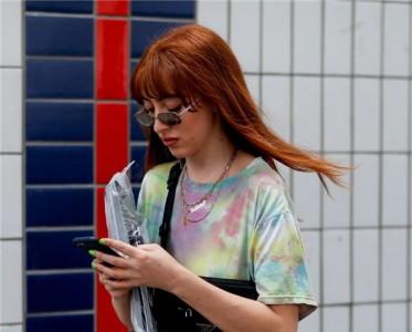 「扎染女孩」在线营业,这个夏天swag起来!