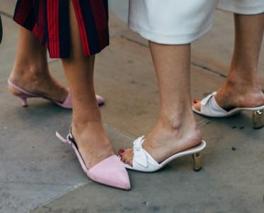 微信�\��2�f步的姑娘,穿的是啥神仙鞋啊