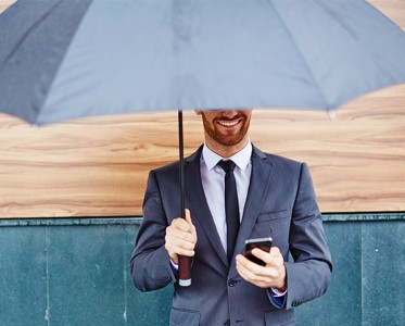 有钱人的下雨天,跟你的下雨天不是「统一天」?