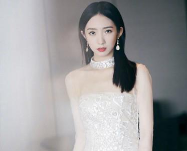 長在審美點上的女星 都喜歡疊戴珠寶?