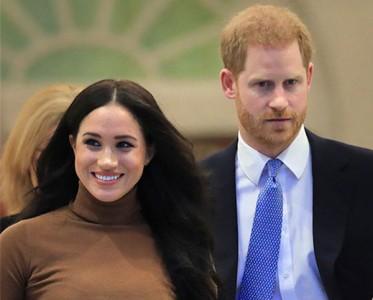 王室風云:哈里梅根退出英國王室,是誰給的勇氣?