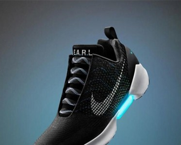 科技达人最新标准 配备一双高逼格的智能跑鞋