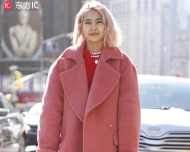 少女心爆棚!粉色大衣治愈整个冬季