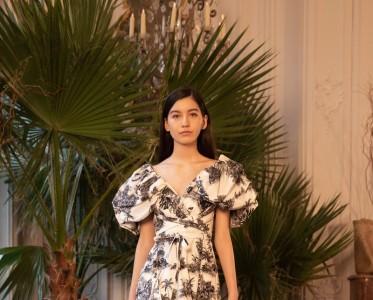 2019秋冬巴黎时装周Johanna Ortiz秀