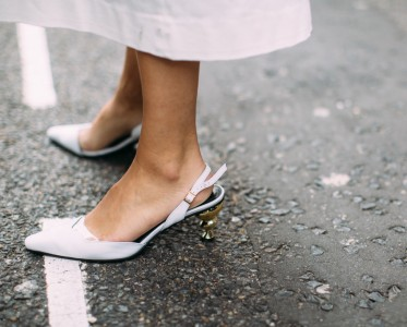 春天来了该买鞋了£¡这些鞋最时髦