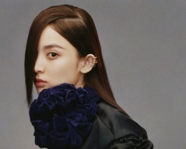 娜扎女總攻上線,遮眼側分劉海演繹黑色浪漫