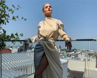 下半年的街拍,要被Bottega Veneta的腰帶承包了!