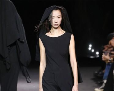 2020春夏巴黎时装周 Yohji Yamamoto 秀