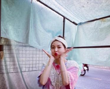 泫雅泰国行旅游照释出,是今日份的清纯小姐姐呀