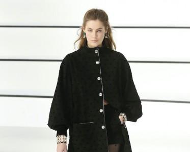 2020秋冬巴黎时装周 Chanel 秀