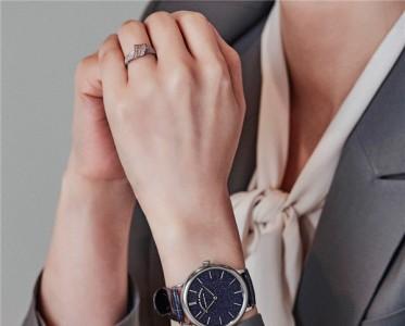 复工后,一款蓝色通勤腕表让你保持冷静头脑!