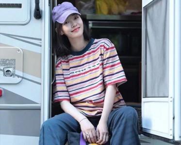 炎炎夏日 GUESS夏日条纹T恤唤醒无限活力