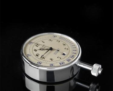 宝玑博物馆购回专为布加迪定制的古董计时码表