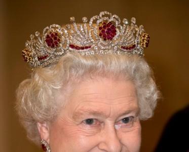 跟着皇室买珠宝 欧洲皇室偏好什么珠宝品牌