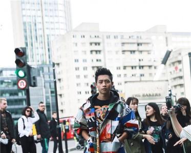 魏晨潮范儿十足 亮相KTZ 2017春夏伦敦男装秀