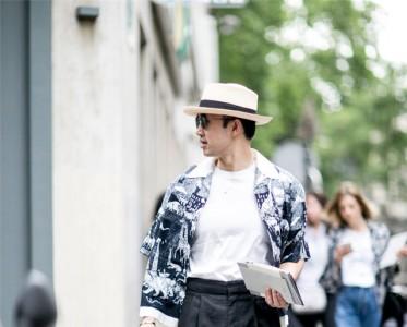 以帽取人的温暖天气 你得备顶巴拿马帽扮绅士!