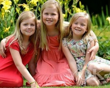 这姑娘以后是女王 荷兰最萌小公主