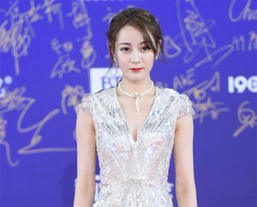 北京电影节红毯珠宝 迭戴风刮遍全场!