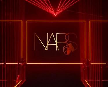 "NARS重现传奇STUDIO.54,玩转美妆""潮""能派对!"