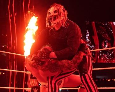 摔跤狂熱大賽37第2日 邪神遭蘭迪反殺