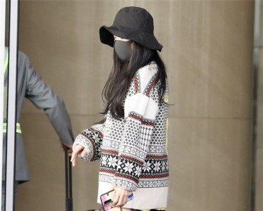 杨幂穿的提花毛衣又带货了?是来自北欧的仙女没错了