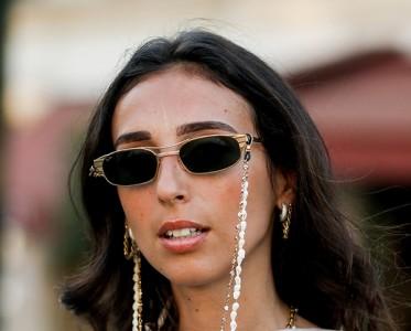 复古回潮!眼镜加条链时髦翻三倍!