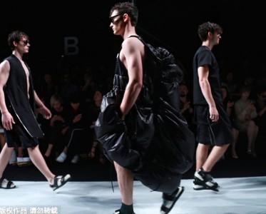 上海2016春夏时装周:FENG CHEN WANG