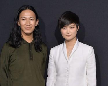 李宇春与设计师Alexander Wang再曝合作引猜想