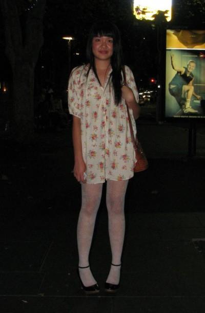田园小女生的碎花衬衫白丝袜