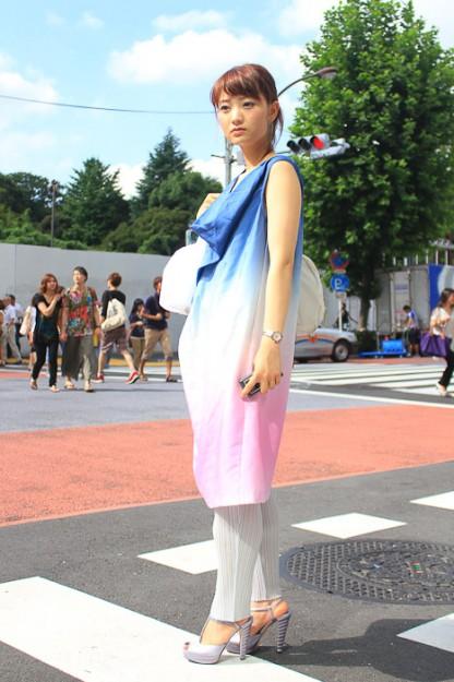 日本街头美女乱穿衣