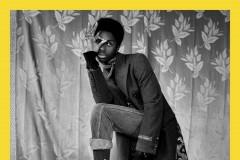 古驰2017早秋系列广告形象大片的灵感线索从伦敦摄影师美术馆(London's Photographer's Gallery)所展出的 M