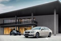 全新5系Li在上海车展正式发布!它与海外版有什么不同?针对中国市场有哪些改进?BMWSKY带你一分钟看懂全新BMW 5系Li越级的豪华,诚