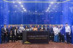 昨晚2017中国壁球公开赛决赛在上海半岛酒店成功举办英菲尼迪作为此项赛事的重要合作伙伴携旗下重磅车型英菲尼迪QX60和英菲尼迪QX80惊艳