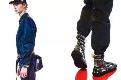 _相册通过全球多家精品店内的特别展示及限时店形式,Prada迎来了全新Prada Comics系列。生动呈现于高级成衣、皮具、配饰及鞋履上
