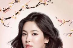 """宋慧乔将作为""""品牌代言人"""",向韩国及海内外的消费者传递雪花秀对美的认知。雪花秀希望通过与宋慧乔的合作,传递亚洲独特美学以及品牌自然与人的和"""