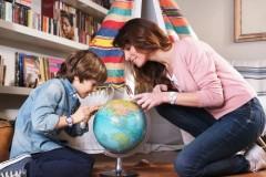 """一声""""妈妈"""",她,永远24小时待命一声""""妈妈"""",她,就能读懂你的所有需要一声""""妈妈"""",她,总有一些好的人生建议给你一声""""妈妈"""",她,在你遇"""