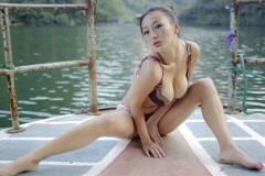 医科学生王李丹妮拍三级片赚400万 旧照曝光